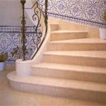 Staircase in polished ?Estremoz Light? with balustrade.
